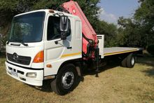 2007 Hino 15-258 Flat Deck with