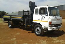 1999 Hino Dropside with Pesci 1