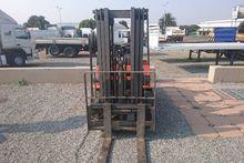 Dalian 2.5 Ton Fuel Forklift