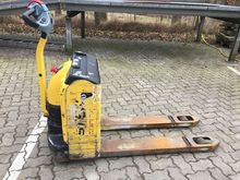 Used 2003 Hyster P 1