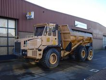 2000 Bell B 25 C Articulated Du
