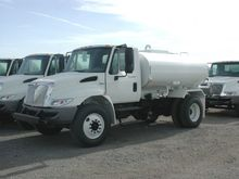 Water Truck 2000 Gal (NEW Inter