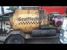 Sealmaster Squeegee 300 Gallon