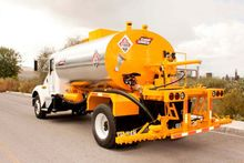 2000 Gallon CRME Asphalt Distri