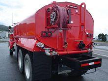 New Water Tank Truck