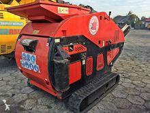 2010 Red Rhino 5000