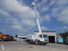 MAN 12-180 TGL ESDA 17M LIFT