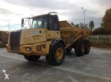 Used 2006 Bell B 25