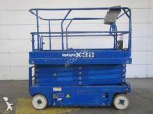 Used 2007 UpRight X3