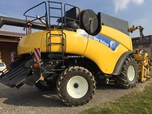 2008 New Holland NH CR 9060 4WD
