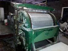 Pitting machine, used for cherr