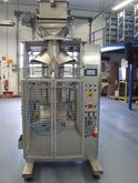 Vertical pouch machine