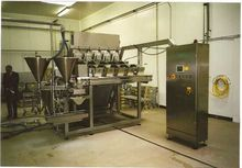 1996 Weighing and filling machi