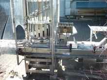 Filling machine for cabbage int