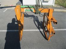 Calvet Bale forks and gripper a