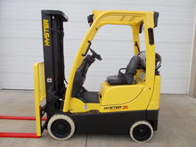 2012 HYSTER S30FT