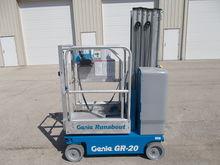 2010 GENIE GR-20