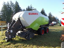 New CLAAS 3300 in Ly
