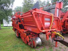 Grimme SL800 potato harvester