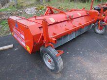 Grimme KS3000 haulm topper