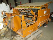 Regero planting machine for pla