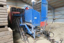 Asa-Lift T-100 carrot harvester