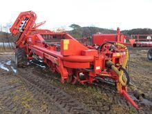 Grimme DL1500 potato harvester