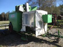 Tumoba brussel sprout harvester