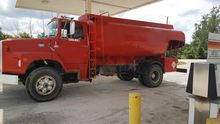 1980 FORD 8000