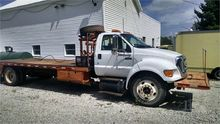 2004 FORD F650