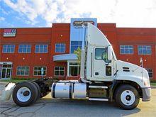 2011 Mack Trucks PINNACLE CXU61