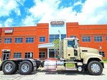 2013 Mack Trucks PINNACLE CHU61