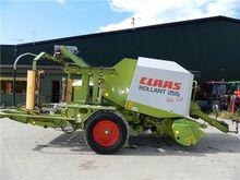 CLAAS Rollant 255 Uniwrap