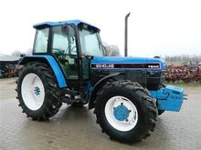 Used Holland 7840 in
