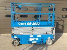 2014 GENIE GS2632