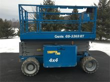 2014 GENIE GS3369RT