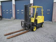 Used 2003 HYSTER E4.