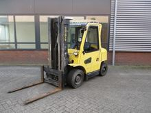 Used 2002 HYSTER H3.