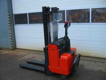 Used 2003 BT LSV1250