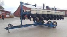 Used 2001 KINZE 3500