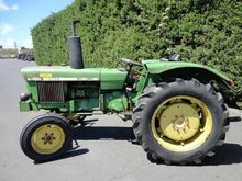 1971 John Deere 820 Antique tra