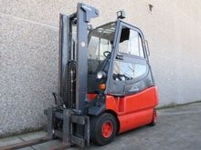 2008 LINDE E25-02 600
