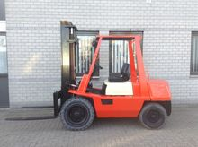1990 YAM forklift 3.5 tons dupl