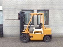 Forklifts Komatsu FD25 triplo50