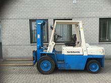 forklift NISSAN FD40 4.0 ton du