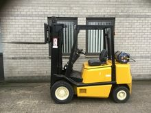 Forklift YALE 25 triplo470 free