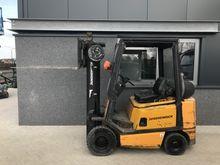 1992 Forklift YALE GPD20 triplo