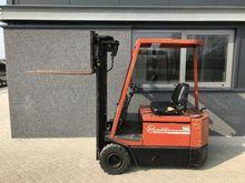 Forklift BT CB1500 triplo450 fr
