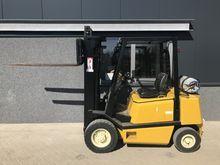 Forklift YALE GLP 25 triplo470