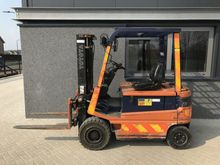 Forklift TOYOTA FBM20 2.0 ton d